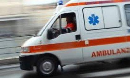 Terribile incidente, scontro fra auto e moto, una vittima a Novi Ligure