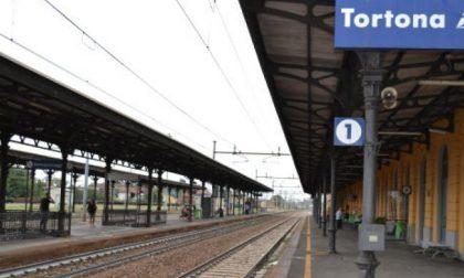 Addio Prince: permesso di soggiorno negato, si butta sotto un treno a Tortona