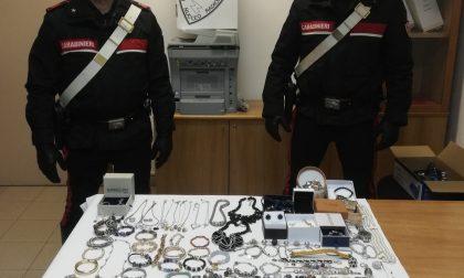 Presi i responsabili del furto in un appartamento di Terzo
