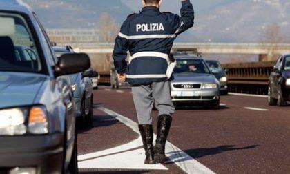Patente scaduta e assicurazione non pagata, la Polizia di Acqui non perdona
