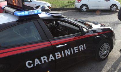 33enne di Tortona non si ferma all'Alt dei Carabinieri