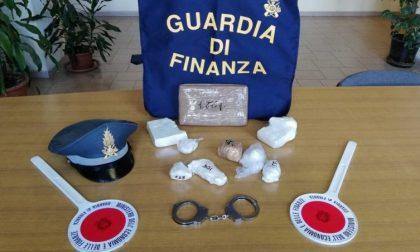 """La Finanza scopre un """"centro di smistamento"""" di cocaina a Novi Ligure"""