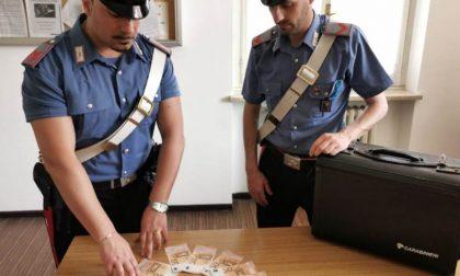 Tentano di spendere banconote false, denunciate due 20enni