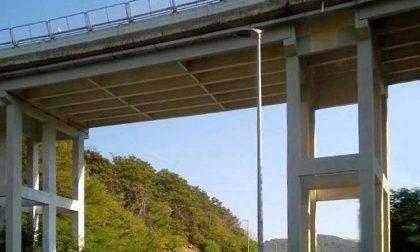 Autostrada A26, si lavora sui viadotti e arrivano i divieti