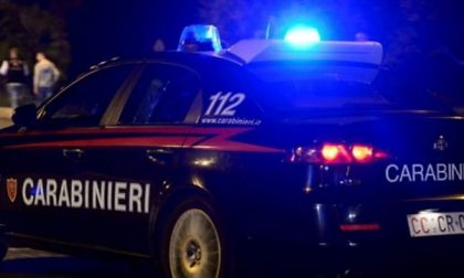 Colto in flagrante mentre vendeva la cocaina, arrestato spacciatore 44enne