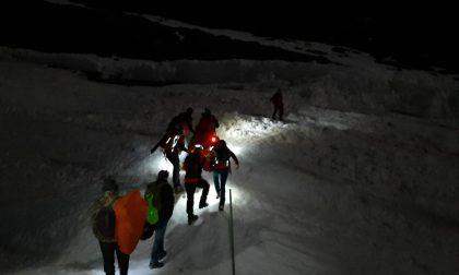 Escursionista infortunato salvato dal soccorso alpino | FOTO