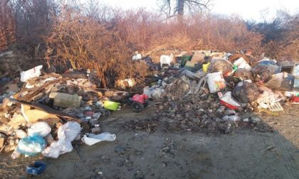 Incivili in azione a Casale, 5mila auro di multe per abbandono rifiuti   FOTO