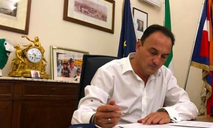 Nuove regole anti Covid, il presidente Cirio firma una nuova ordinanza