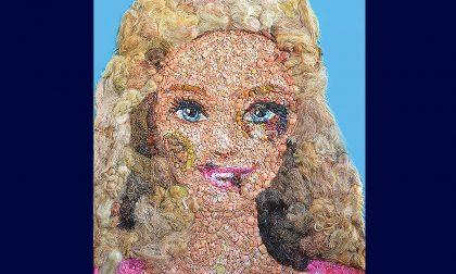 Beaten Barbie: l'opera d'arte simbolo della sensibilizzazione contro la violenza sulle donne