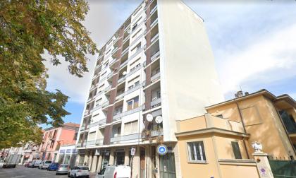 Veterinaria 38enne ritrovata in una pozza di sangue nel suo appartamento