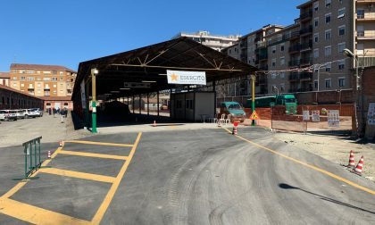 L'hot spot all'ex caserma Valfré riconvertito in centro vaccinale entro fine marzo