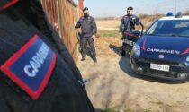 Scaricava materiale edile nelle vicinanze del cimitero comunale, denunciato