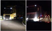 Notte da incubo sul Turchino: con l'A26 chiusa per lavori, i Tir hanno intasato la statale 456