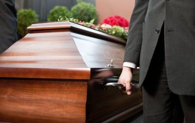 Non è stato il vaccino anti-Covid, ma un ictus: oggi i funerali della 47enne