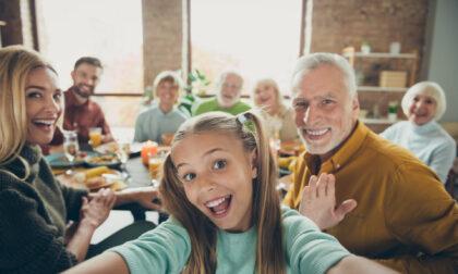 Festa dei nonni: frasi di auguri e immagini gratis da inviare via WhatsApp