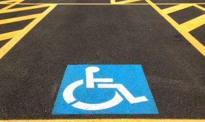 Usavano permessi per invalidi intestati a persone decedute: quattro casi ad Acqui Terme